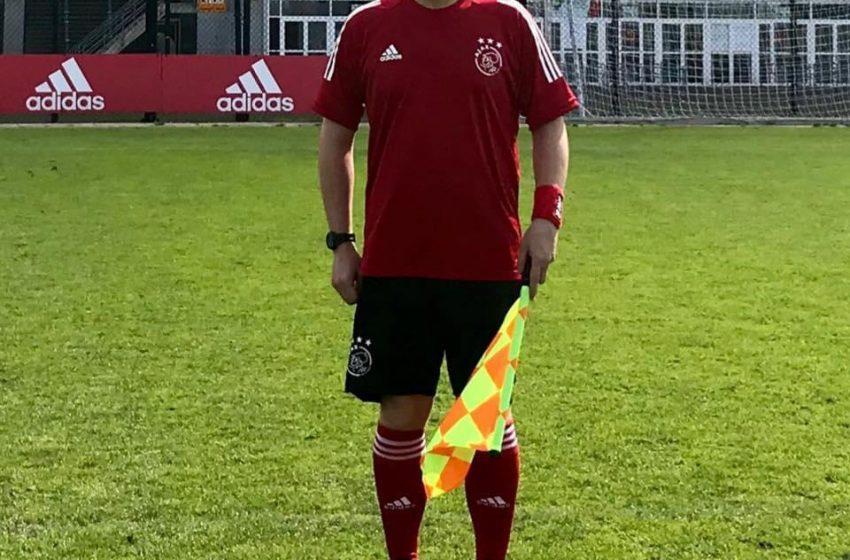 Scheidsrechter Mitch Vonk een bekend gezicht op Sportpark de Toekomst
