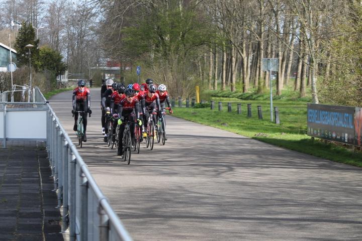 Paastraining op zaterdagochtend 3 april voor jonge renners van 100 jarig zwc DTS