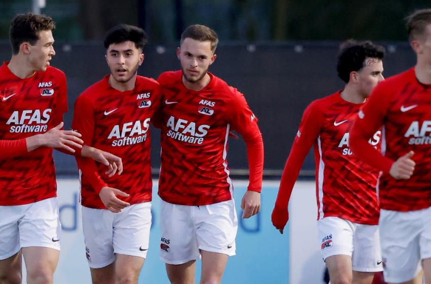 Jong AZ overklast FC Dordrecht