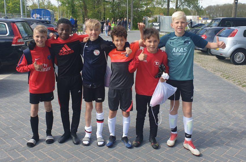 Zaanse voetballertjes klaar voor Touzani Streetcaptains toernooi