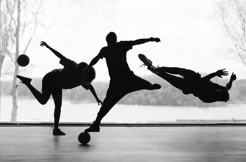 """""""FTBLL – Can you kick it"""" : Een artistiek reisverhaal van breakdance, freestyle voetbal en straatvoetbal"""