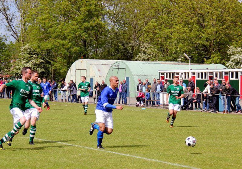Danny Roos zwaait af na 21 jaar selectie voetbal bij Blauw Wit
